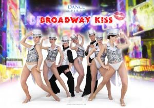 show_broadway_kiss